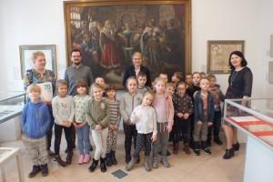 Zwiedzanie wystaw w Izbie Tradycji Regionalnej